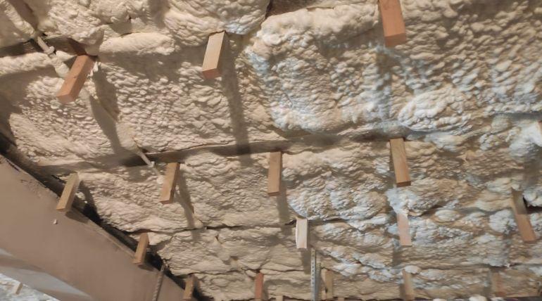 Izolacja natryskowa stropu – Niemodlin
