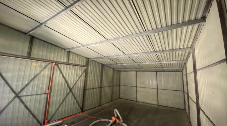 Izolacja garażu blaszanego pianą PUR – Wrocław