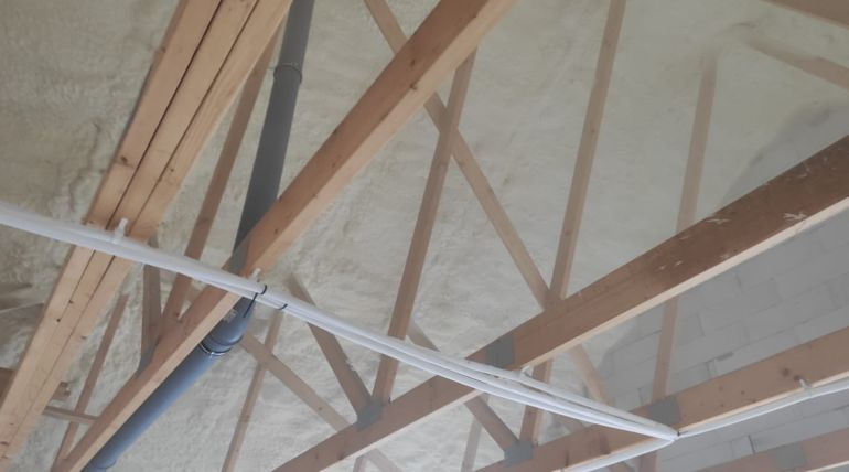 Izolacja natryskowa stropu Prochowice