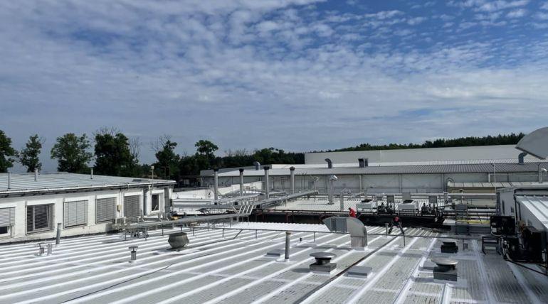 Hydroizolacja dachu płaskiego obiektu przemysłowego – Sława