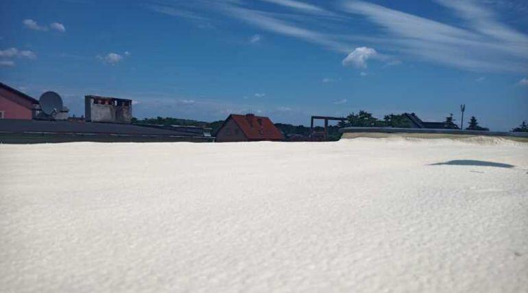 Ocieplanie dachu płaskiego pianką PUR Bolesławiec