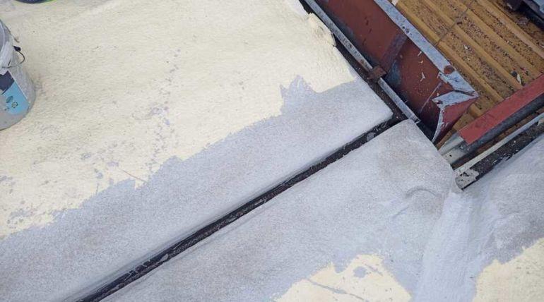 Ocieplenie dachu płaskiego pianką PUR Ścinawa